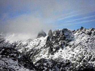 The peak by FamousBlueRaicoat