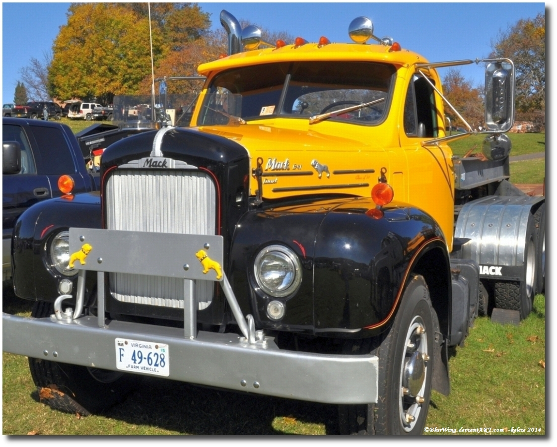 Vintage Mack Truck 34