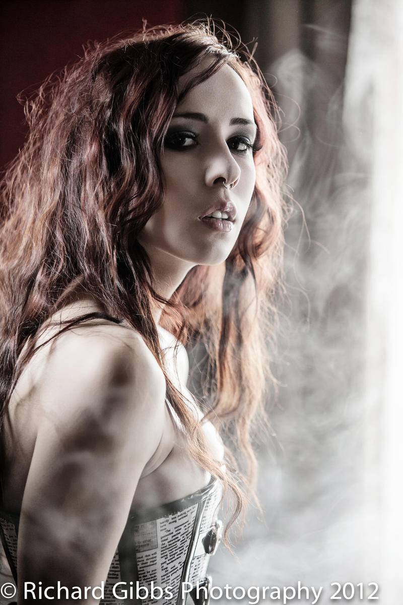 Smoking by Amellya