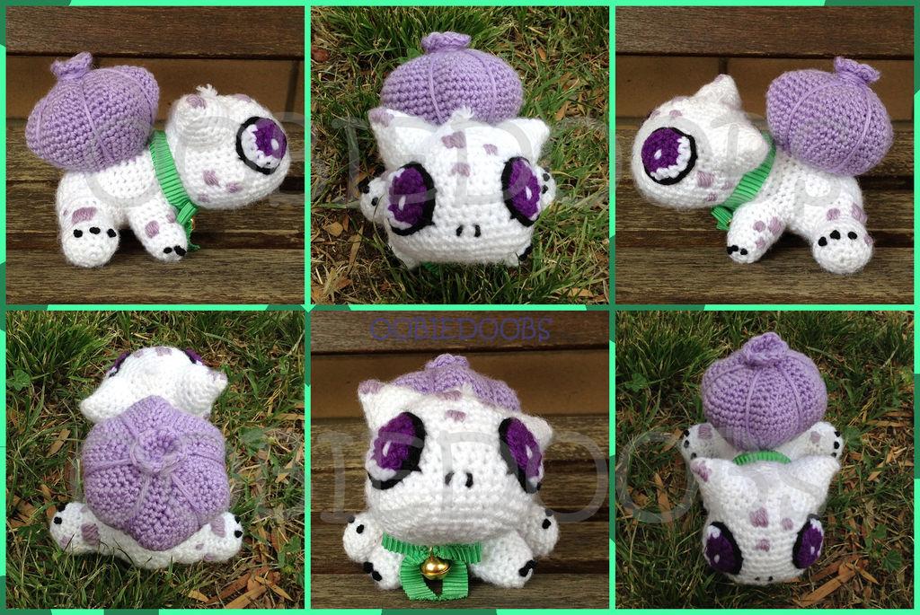 Baby Bulbasaur by Oobiedoobs