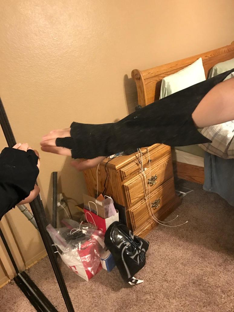 Glove progress  by everythinglover12