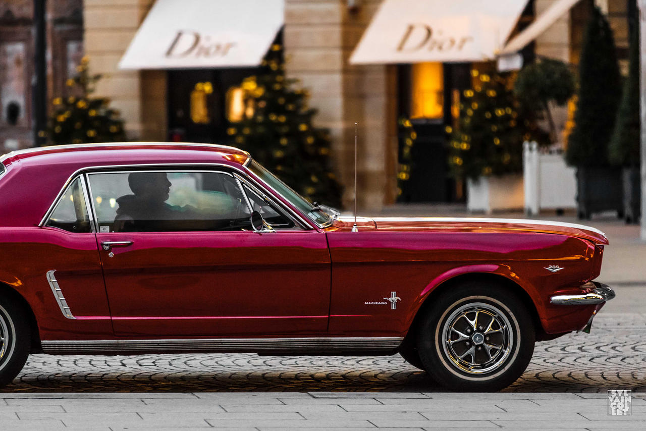 Red Mustang by sylvaincollet