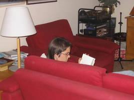 Immersa en la lectura... by nuvolkinton
