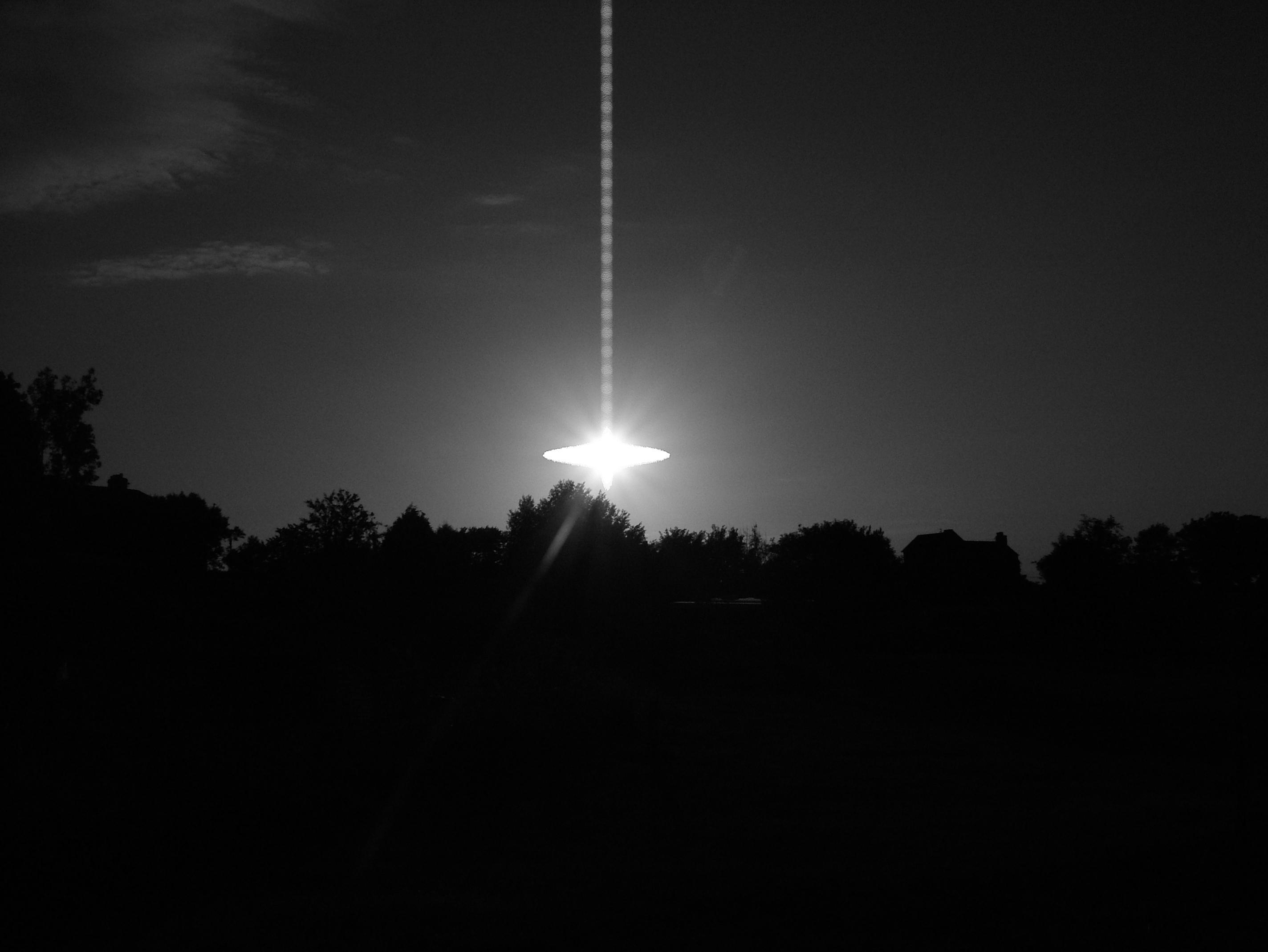 UFO     by bear99