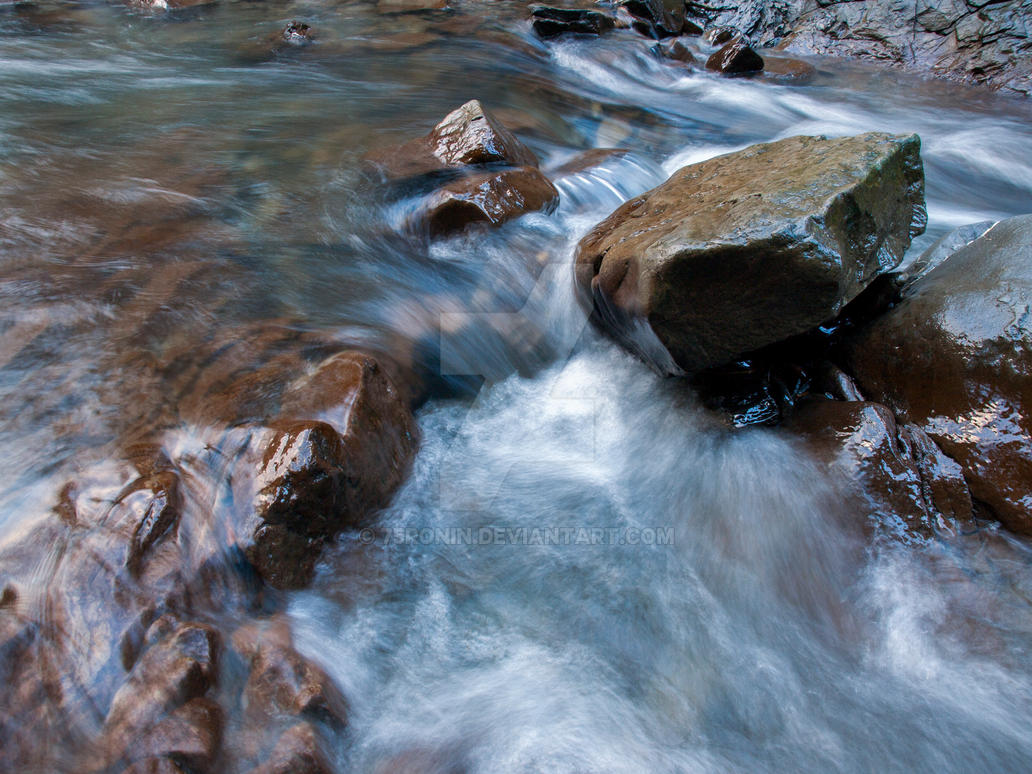 Mountain stream by 75ronin