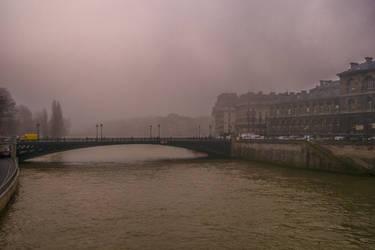 Fog in Paris