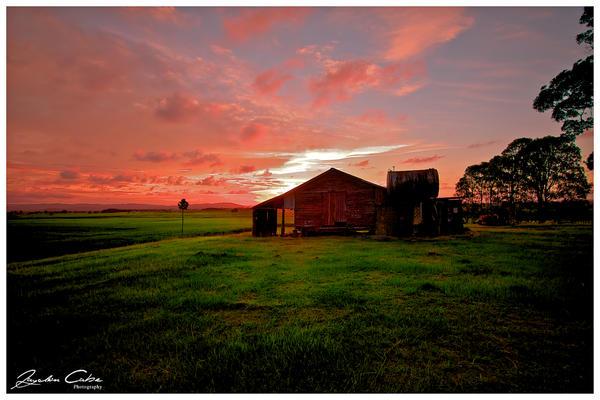 Sunset Barn by jaydoncabe
