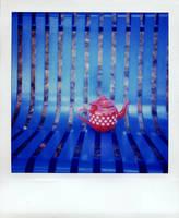 blue teapot by lloydhughes
