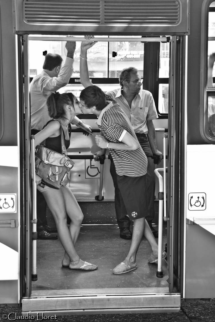 The love Bus by anahuac
