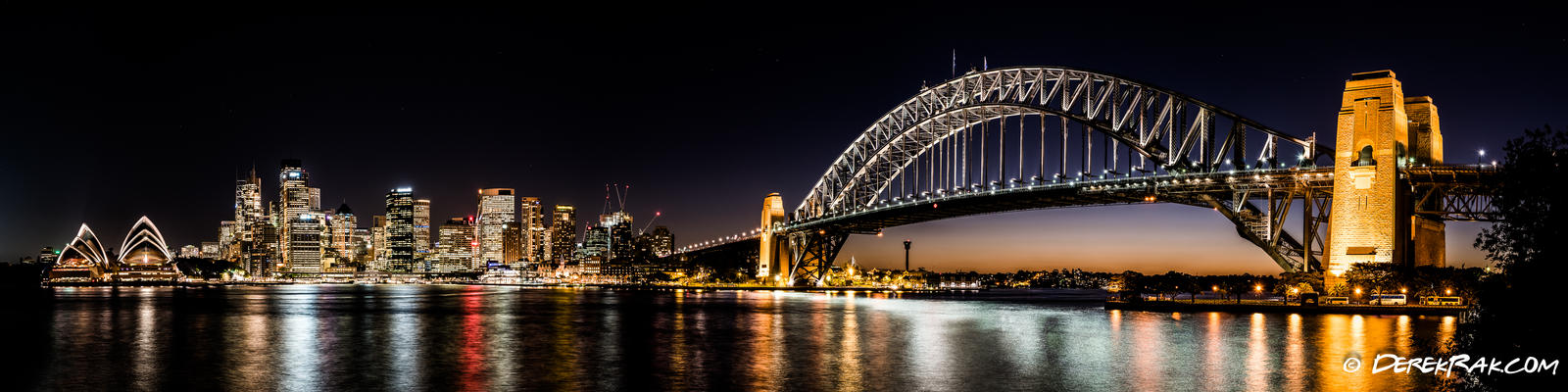 Sydney Harbout Bridge and Opera House at Night by vazagothic