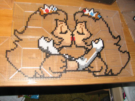 daisy and peach kiss perler