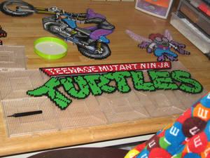 turtles logo perler