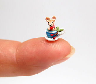 FINGERTIP MOUSE IN A TEA CUP by WEE-OOAK-MINIATURES