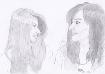 Elise Bauman and Natasha Negovanlis by Thunaeraz