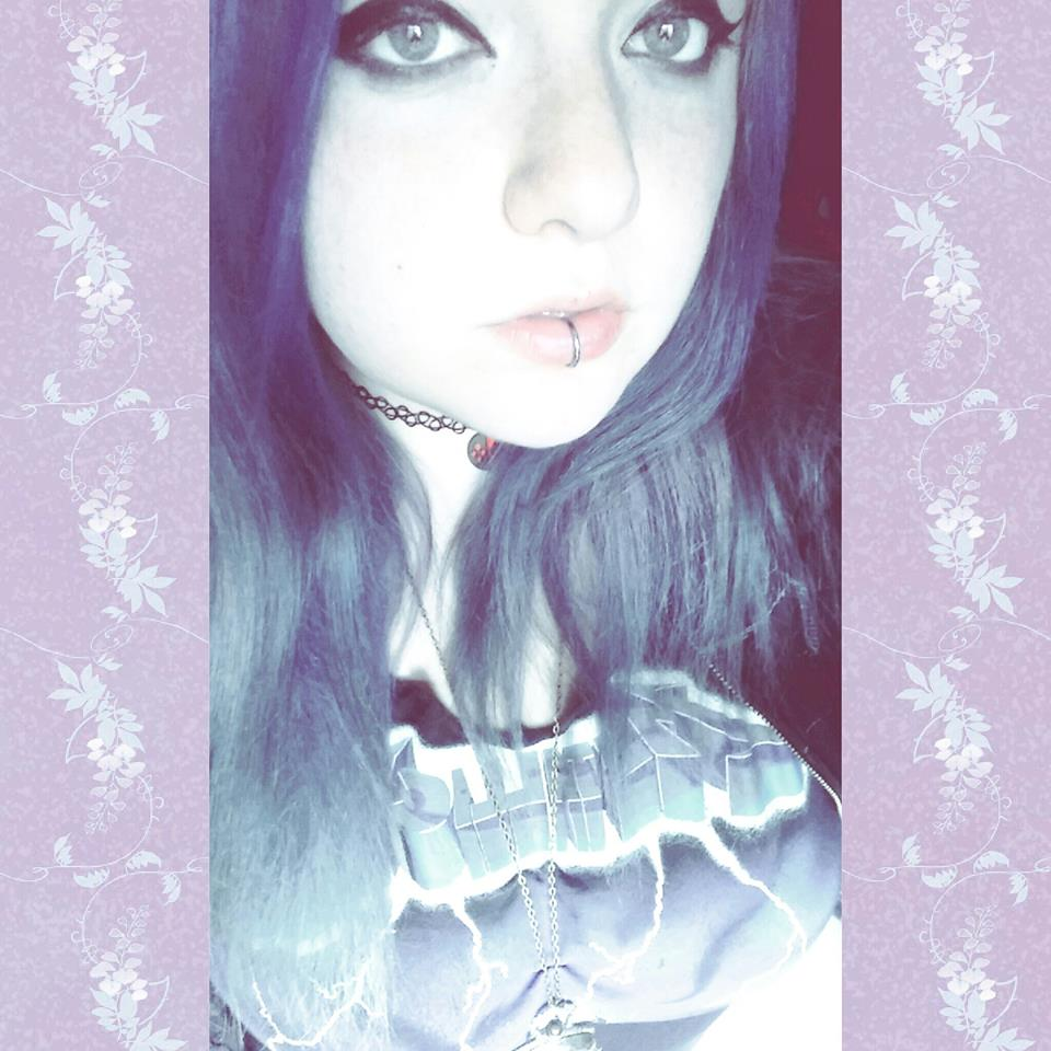 ladyblackwolf-ariel's Profile Picture