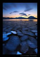 Iceflakes... by uberfischer