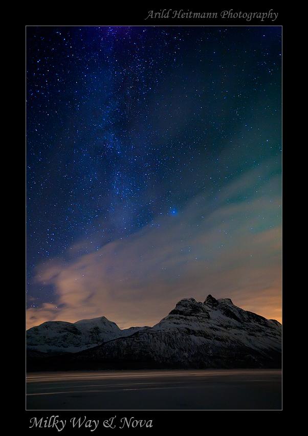 Milky Way and Nova by uberfischer