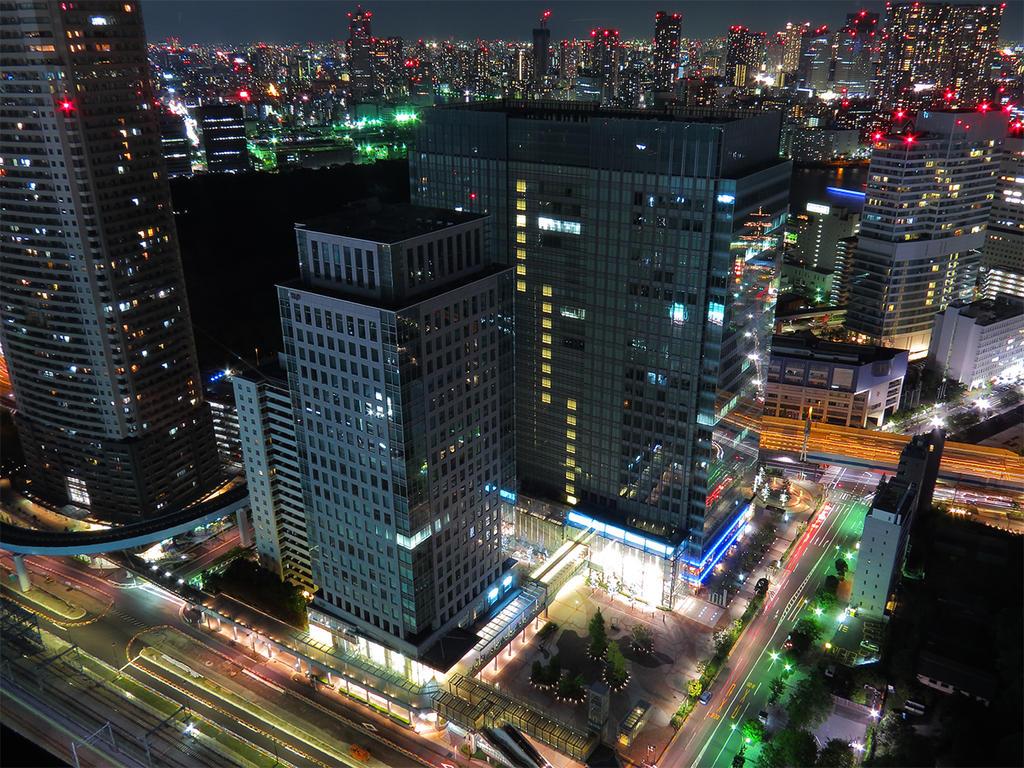 Pokemon Center Tokyo by L-Spiro