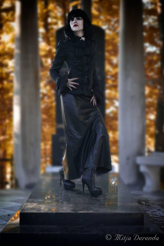 Angel in black by decadentist