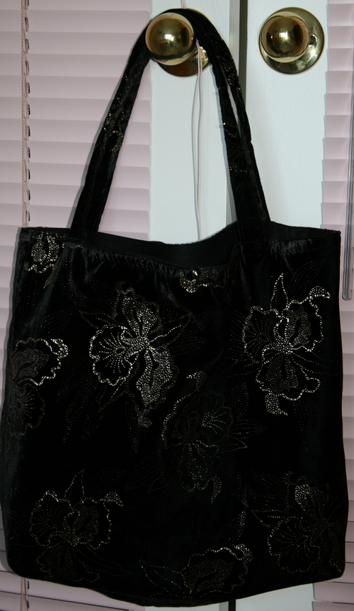 Fashion Tote by ravenwoodphotography