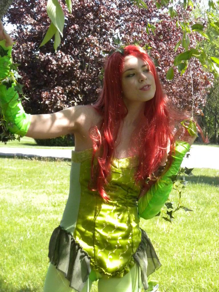 poison ivy 6 by Kikane