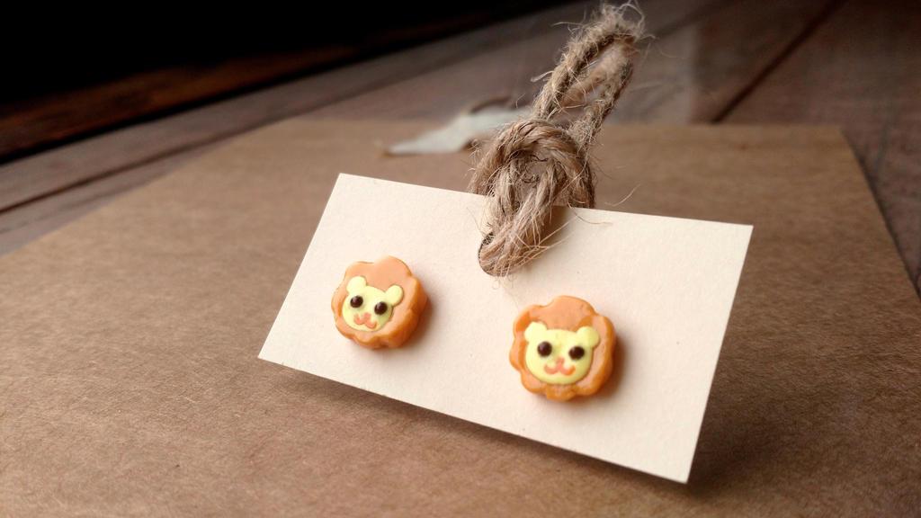 Lion Lickers earrings by Sirix14