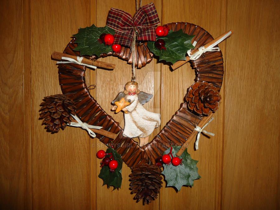 Rustic Natural Heart Christmas Wreath by sevvysgirl