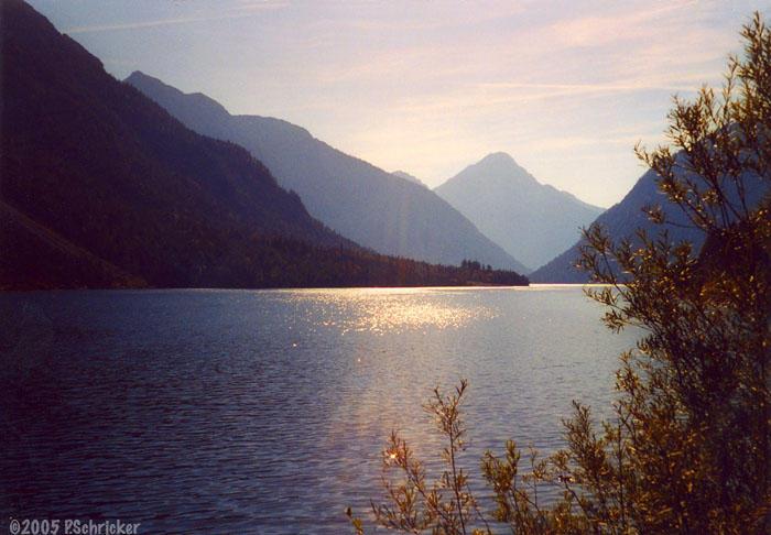 Tranquil Lake by nachtwulf