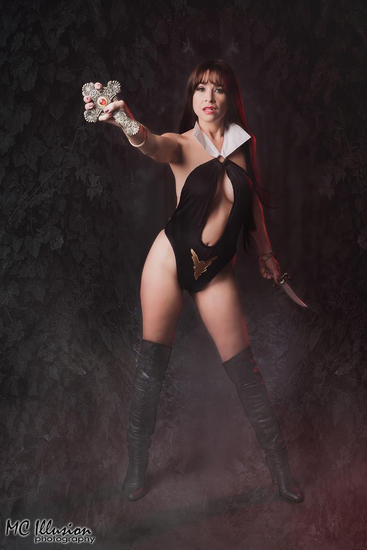 Vampirella Dark by mcolon93 on DeviantArt