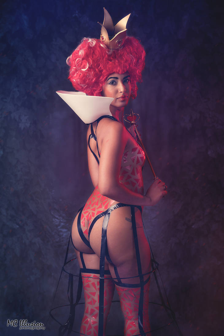 Queen Of Hearts by mcolon93