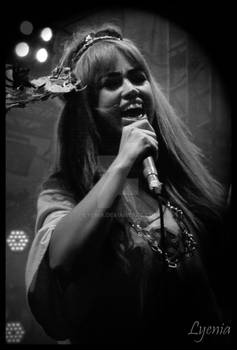 Aura Dione live in Concert