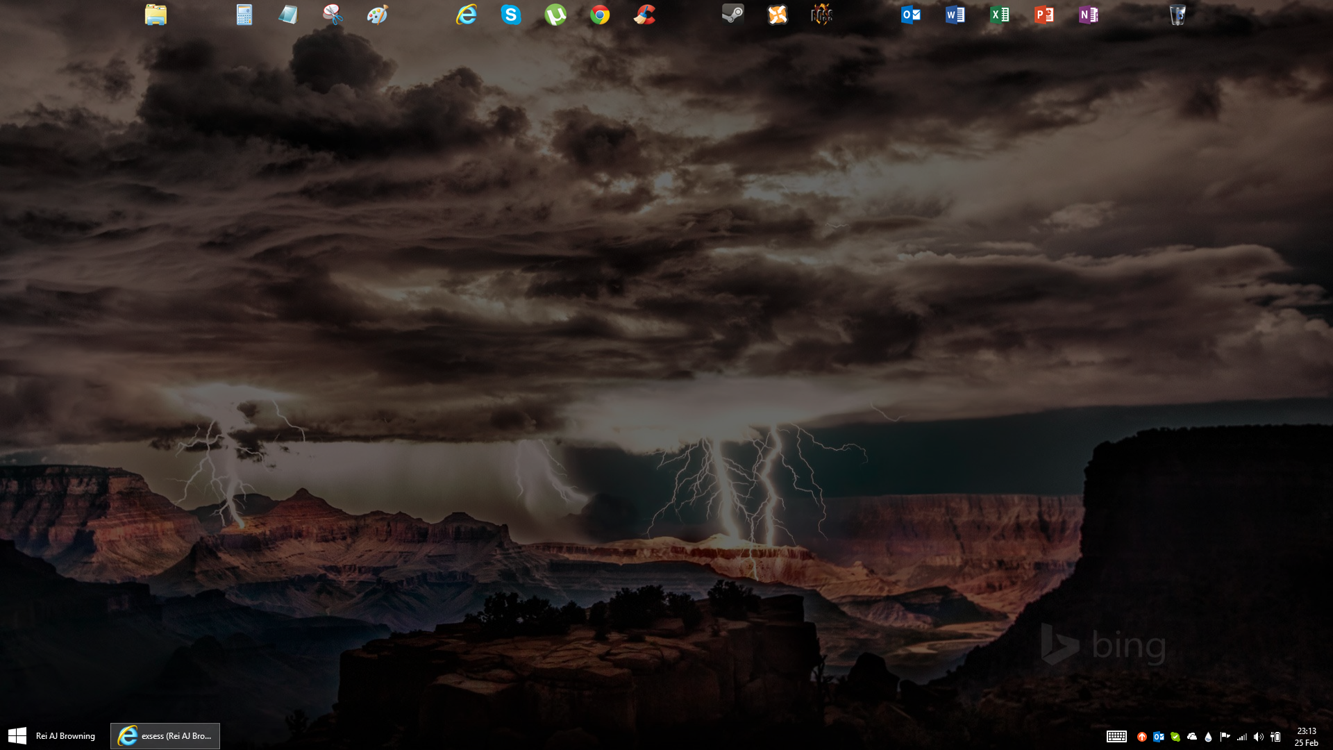 My Windows 8.1 Desktop by exsess