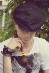 17.07.2011: Yellow Bracelet by GothicNarcissus
