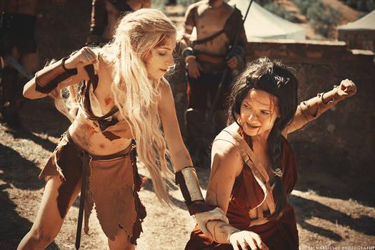 Spartacus: Saxa And Mira Train
