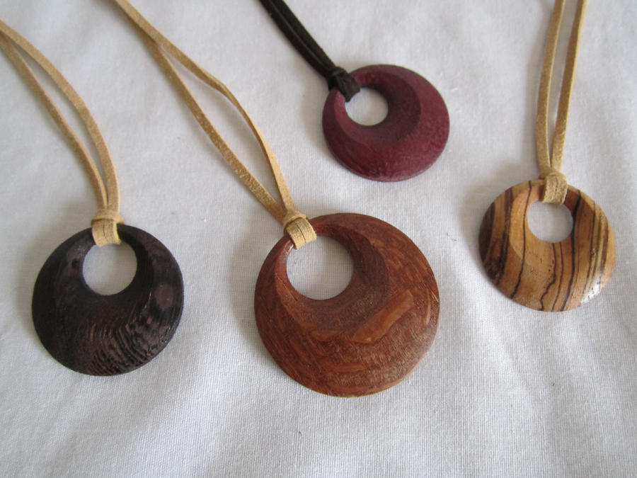 necklace com dj table wooden usa dp pendant swaggwood with amazon bead wood in made turn