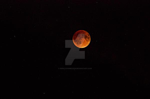 2015 September Lunar Eclipse by Espio-Chameleon