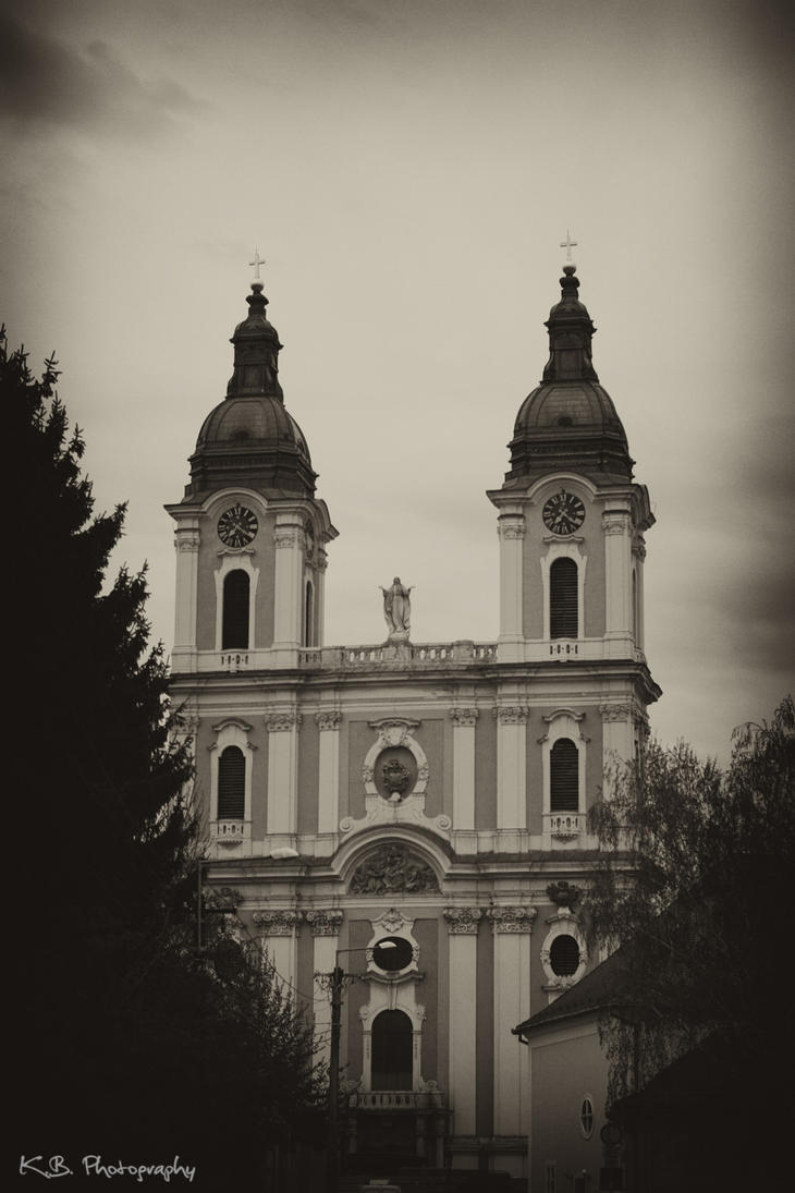 Kalocsa Cathedral by kgbphoto