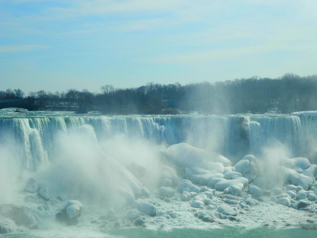 Close up Niagara falls by Callie6446