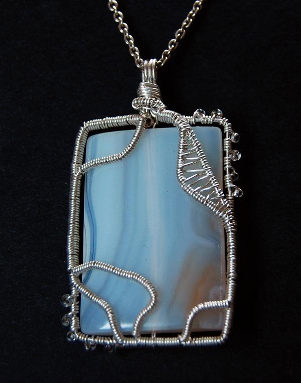 Agate pendant by OlgaC