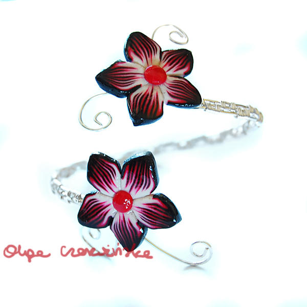 Red flowers bracelet by OlgaC