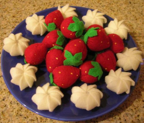 Berries and Cream by Minasan15