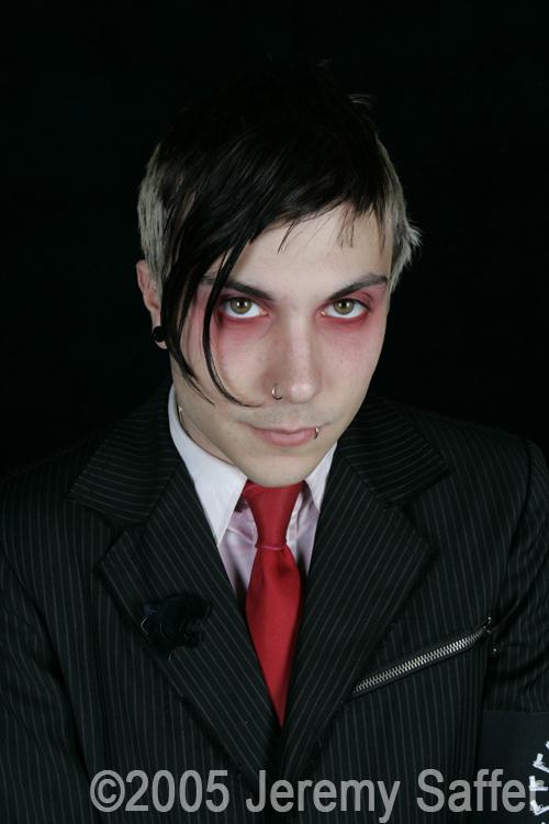 http://fc07.deviantart.net/fs32/f/2008/232/1/4/My_Chemical_Romance_Frank_Iero_by_JeremySaffer.jpg