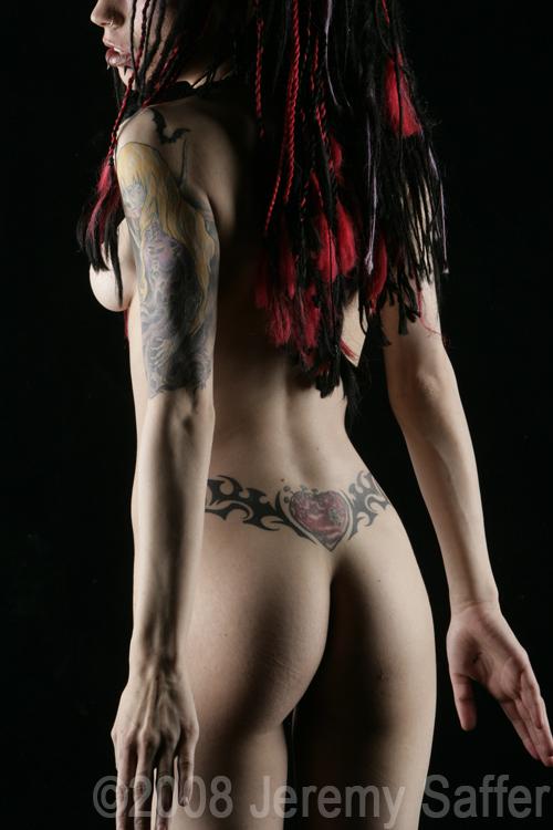 Nikki - Fine Art Nude by JeremySaffer