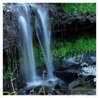 waterfall at ladybower 3 by mzkate