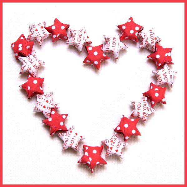 Valentine Origami Stars by xxpinky-bubblesxx