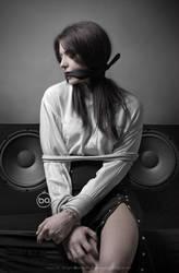 Legata alla musica II by ettone