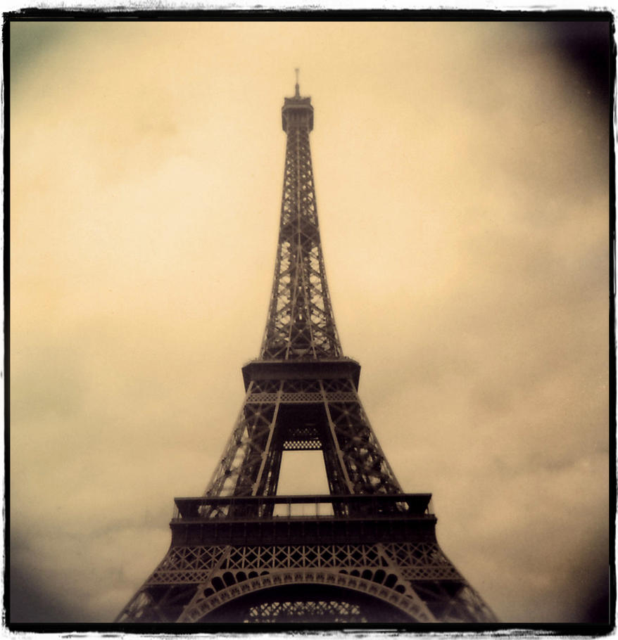 eiffel im in love by teguharyo by teguharyo