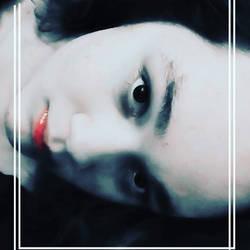 red lips selfie by changegoddess