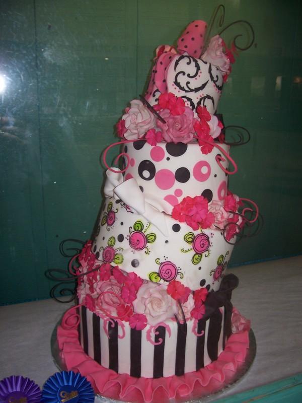 cake by gurlkaleidescopeeyes