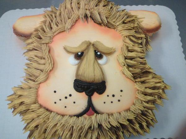 Lion by AingelCakes